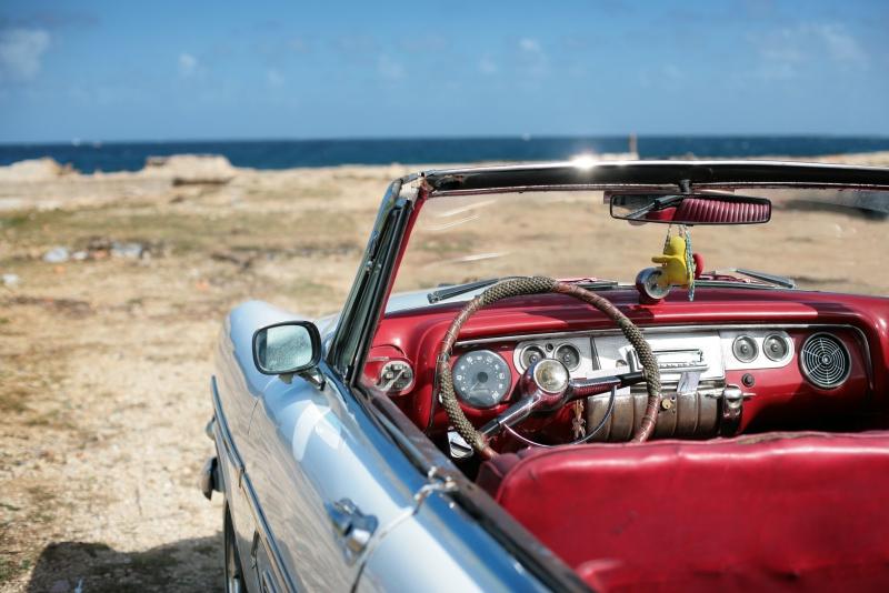 Fototapeta auto na pláži