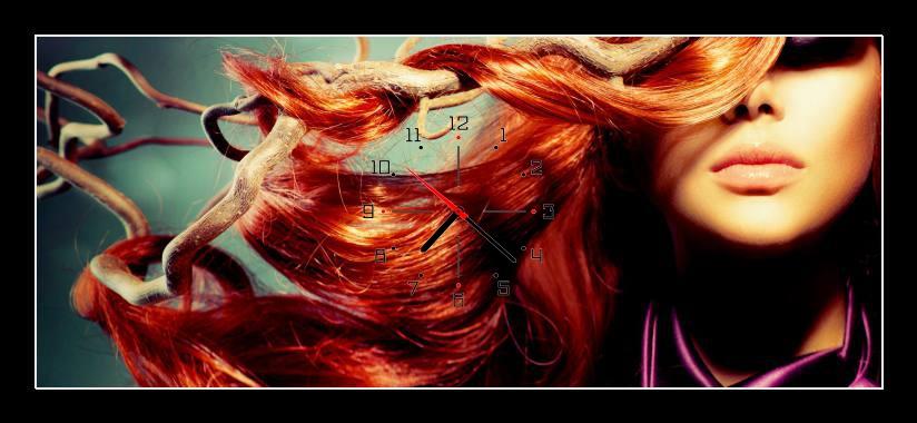 Obraz s hodinami - žena se zrzavými vlasy