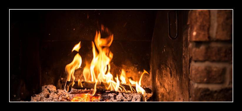 Obraz do bytu hořící krb
