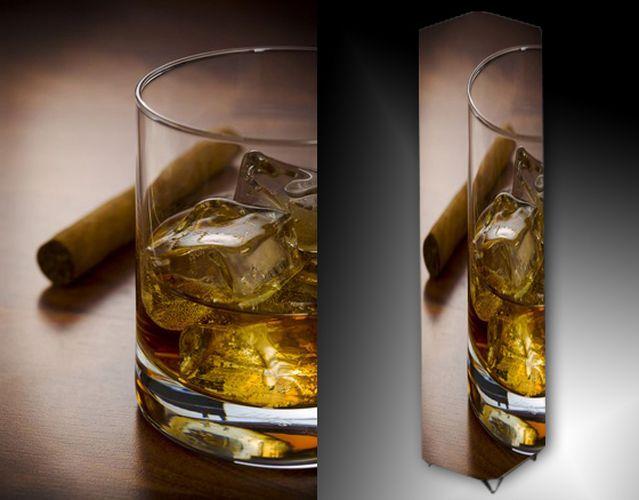 Lampa - panák alkoholu a doutník