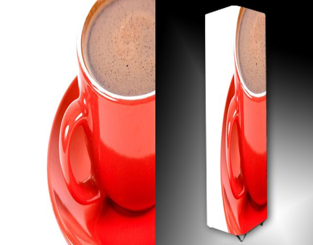 Lampa - červený hrneček s kávou