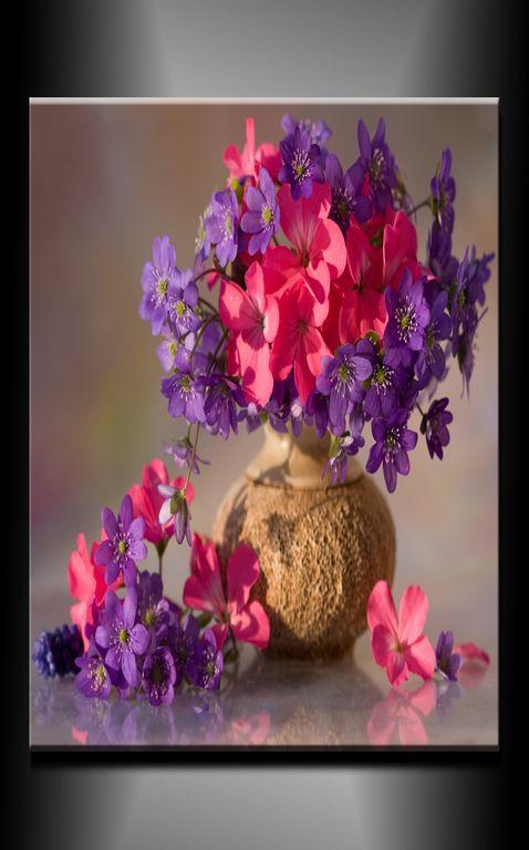 Obraz do bytu květiny ve váze