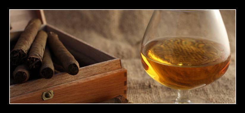 Obraz na zeď doutníky a whiskey